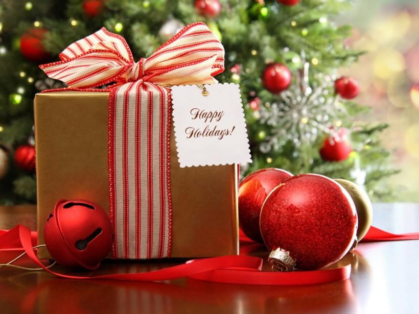 Недовольный подарками на Рождество мальчик вызвал полицию