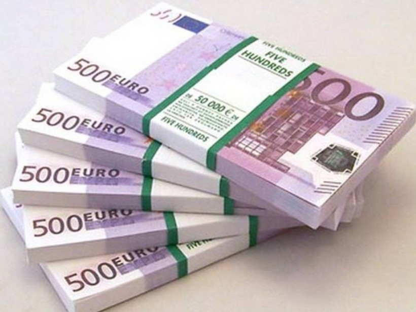Столичный чиновник отдал грант от Евросоюза своему окружению