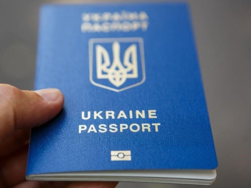 Эксперт прокомментировал инициативу по вводу биометрического визового режима с РФ