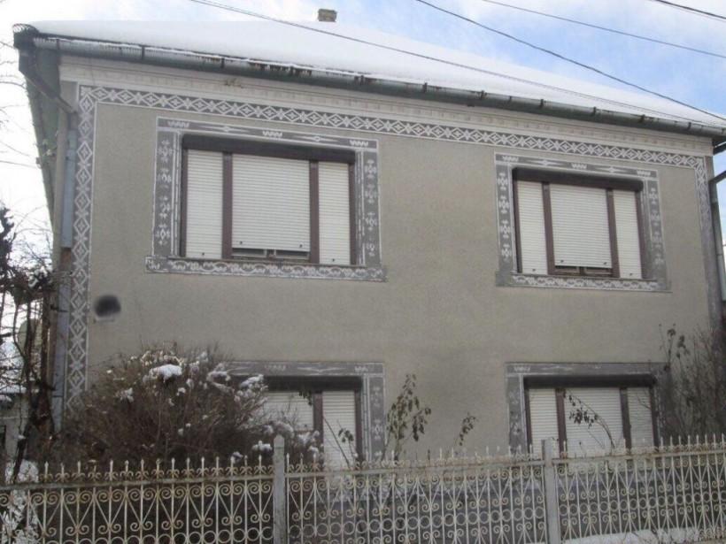 В Закарпатской области убийца три дня прожил в доме с трупом жертвы (ФОТО, ВИДЕО)