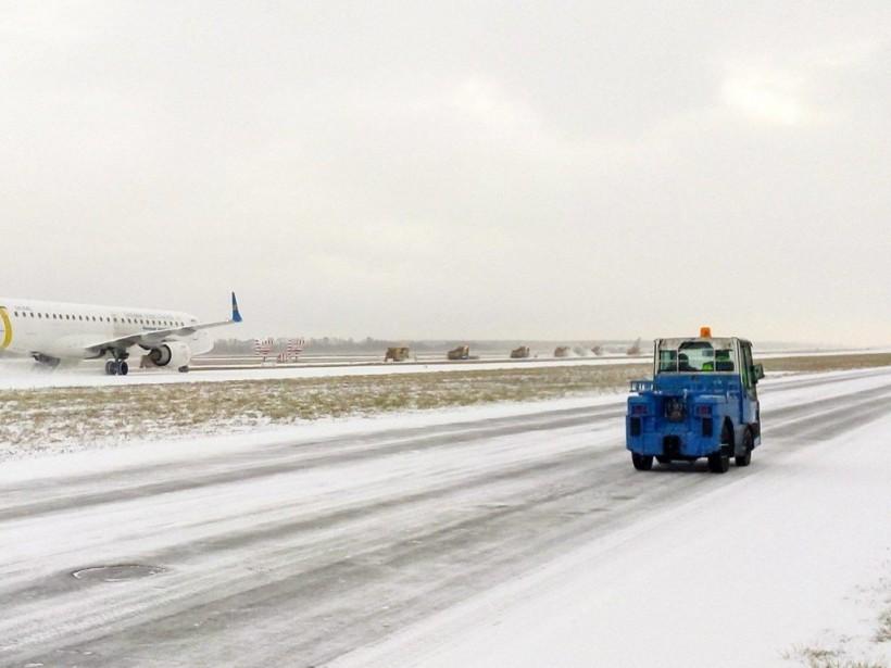 В аэропорту «Борисполь» вынужденно приземлился самолет, летевший из Египта в Запорожье