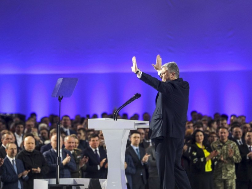 Порошенко пошел по пути Путина: Почему он стал самовыдвиженцем