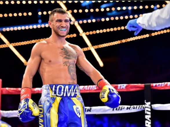 Чемпион мира назвал боксера, который нокаутирует Ломаченко