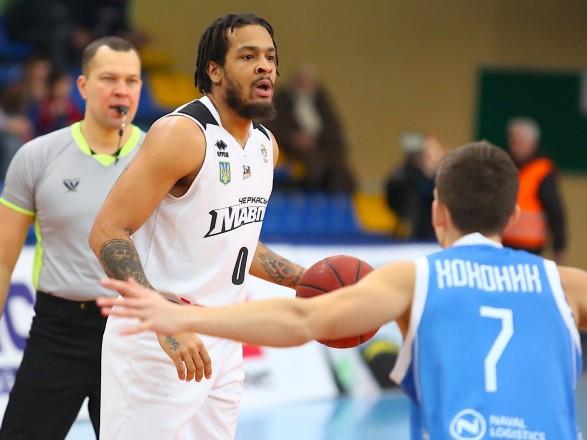 Действующий чемпион Украины по баскетболу прервал серию поражений в Суперлиге